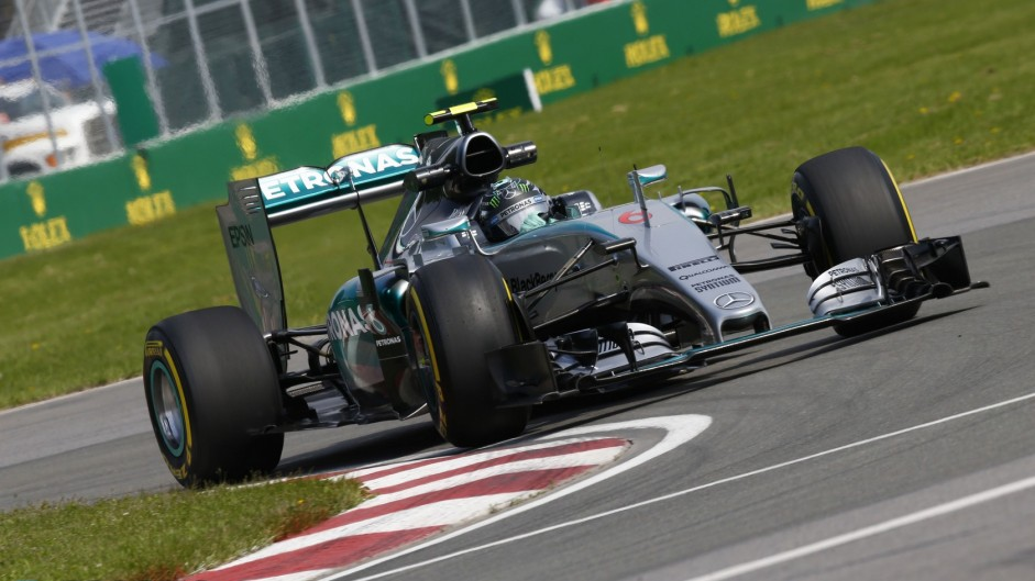 "Rosberg puzzled by ""bad"" tyre set in Q3"
