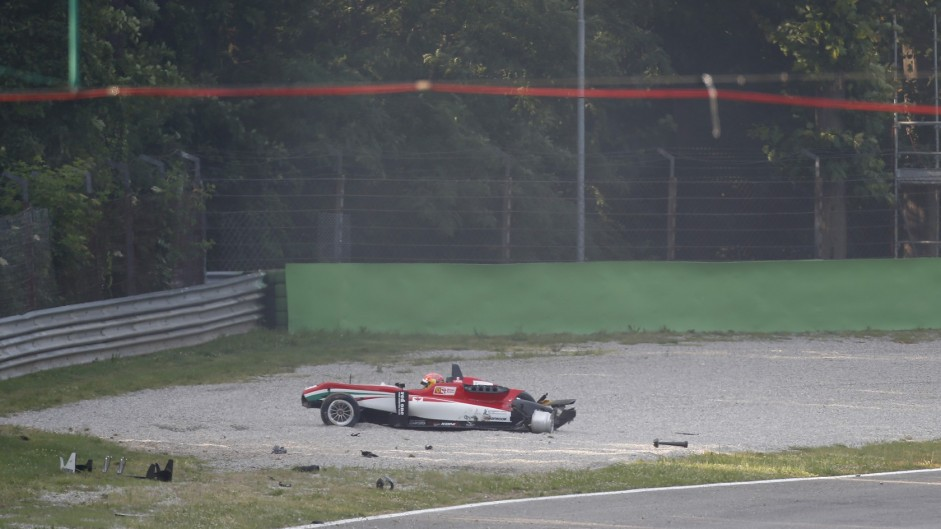 Crash-strewn Monza F3 race abandoned
