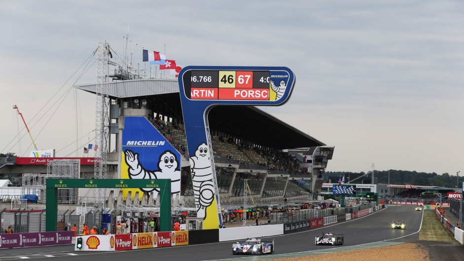 Toyota TS040 #1 Anthony Davidson/Sebastien Buemi/Kazuki Nakajima, Le Mans, 2015