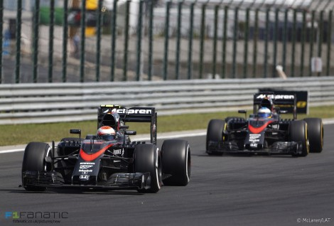 Jenson Button, Fernando Alonso, McLaren, Hungaroring, 2015