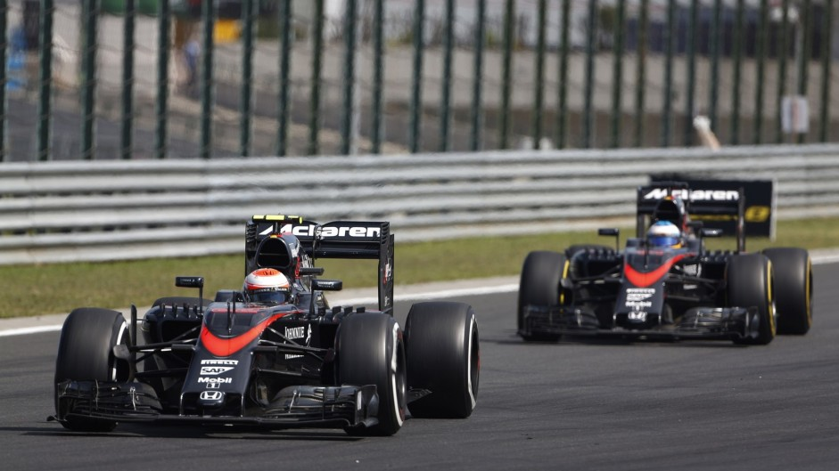 """McLaren """"intends to keep"""" Alonso and Button for 2016"""