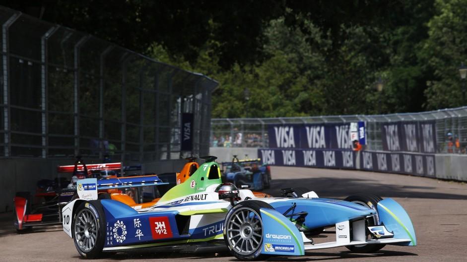 """""""Pretty slow"""" Formula E doesn't appeal to Raikkonen"""