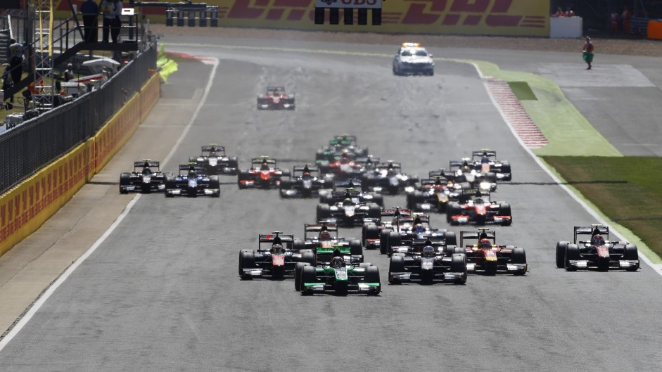 Who can race in F1 in 2016? Revised superlicence points totals