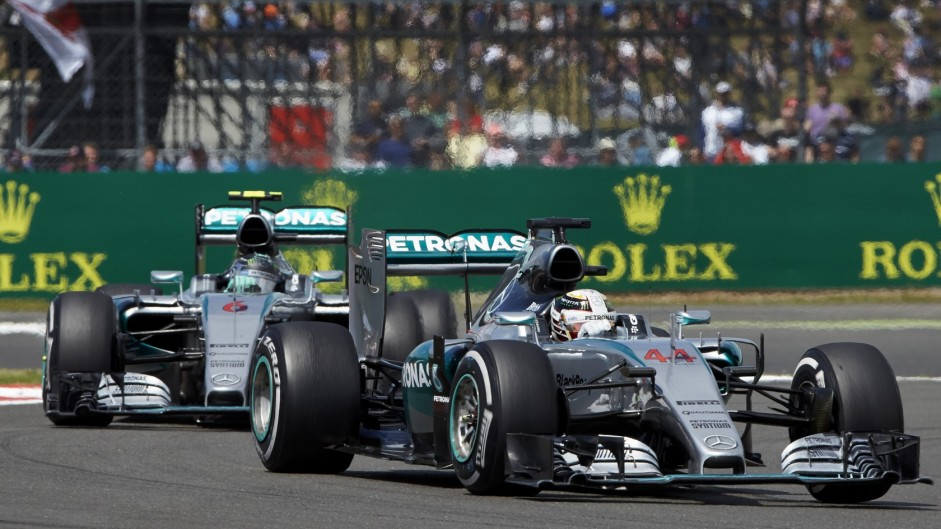 Hamilton fastest in the dry, Rosberg quick in the damp