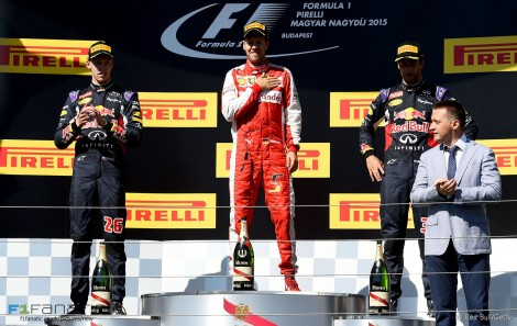Daniil Kvyat, Sebastian Vettel, Daniel Ricciardo, Hungaroring, 2015