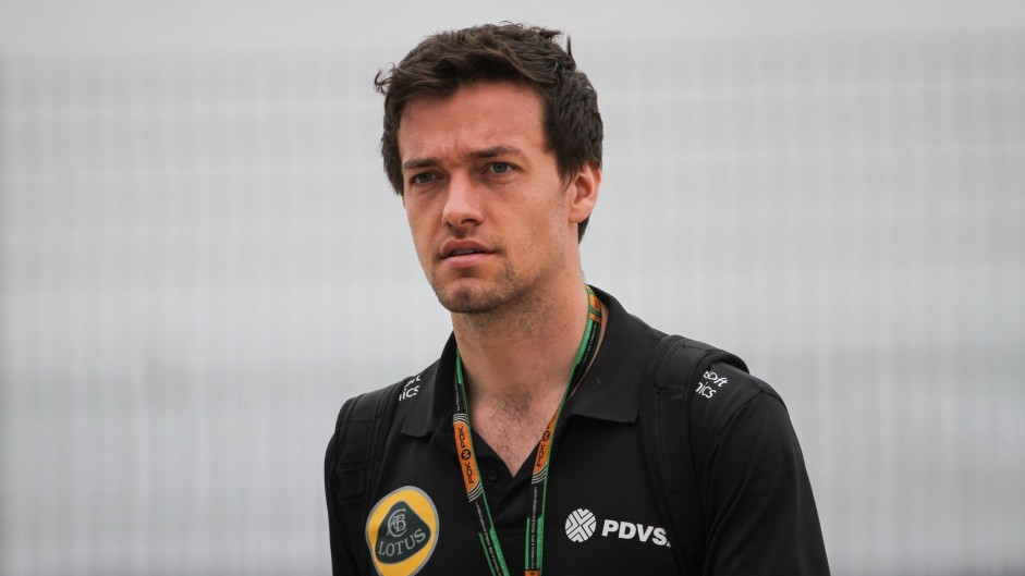 Palmer confirmed as second Lotus driver for 2016