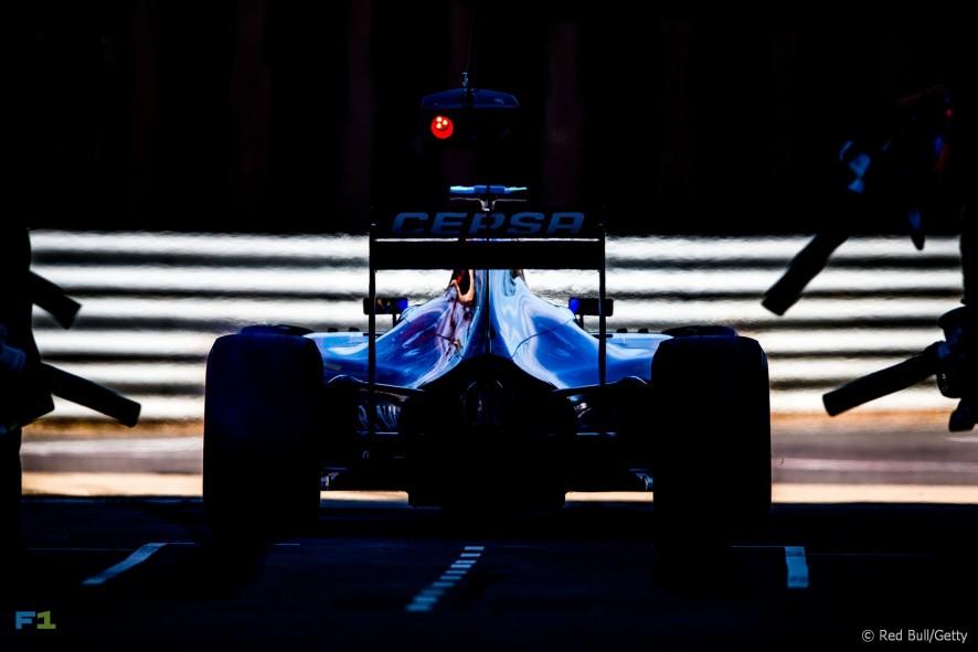 Carlos Sainz Jnr, Toro Rosso, Silverstone, 2015