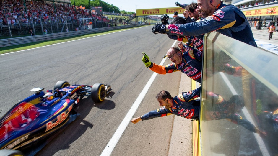 Toro Rosso's unreliability thwarts their remarkable rookies