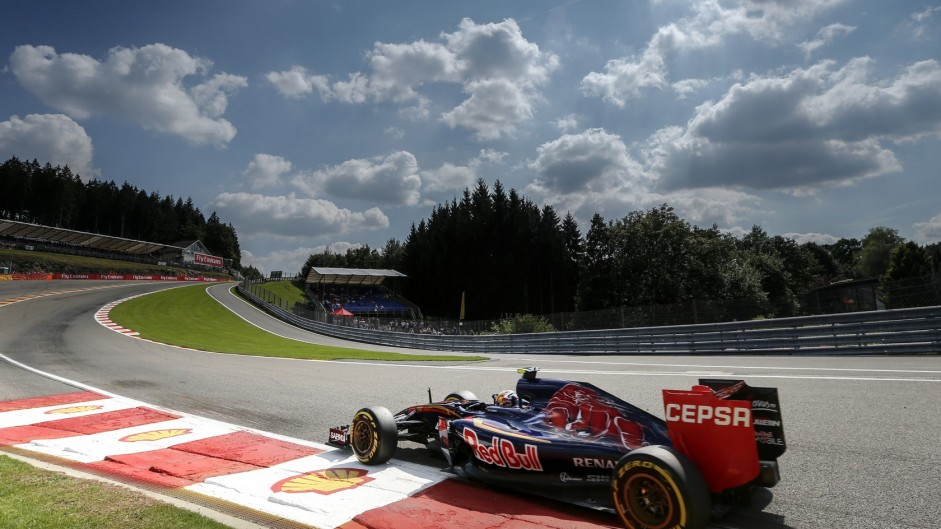 Pirelli urge better track cleaning after Spa blow-outs