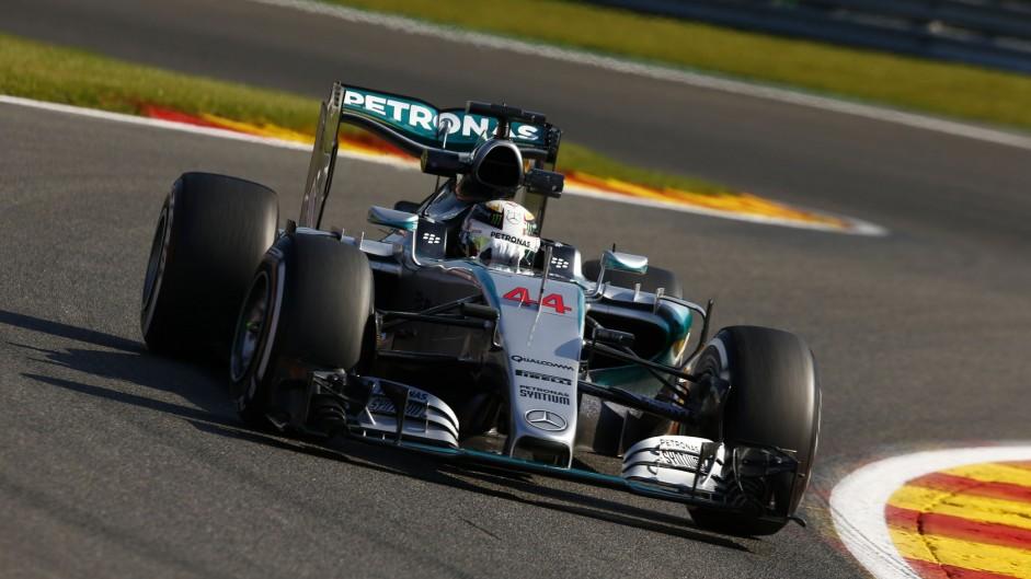 Hamilton wins as tyre drama costs Vettel third