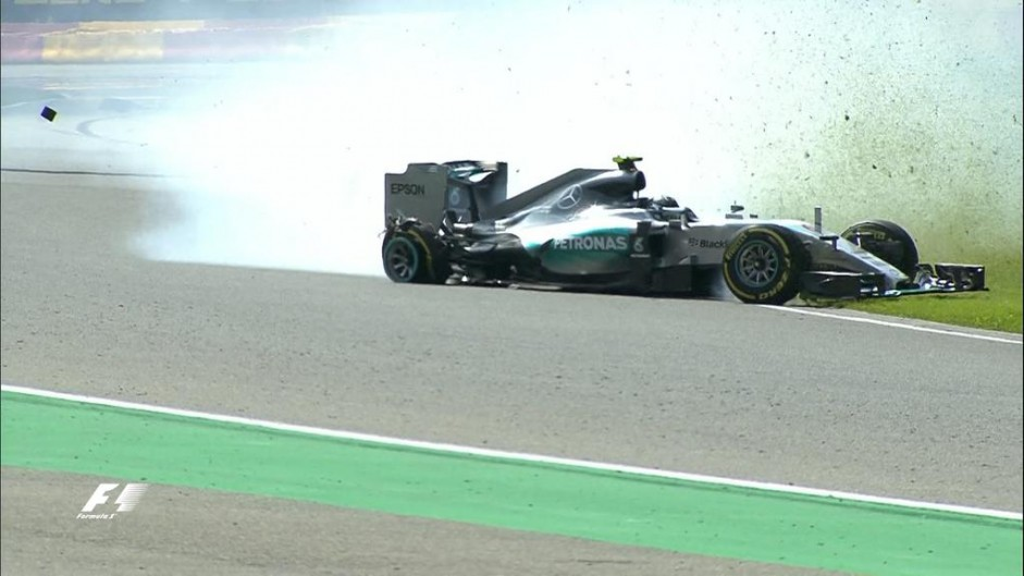 'Just lucky' I didn't hit the wall – Rosberg