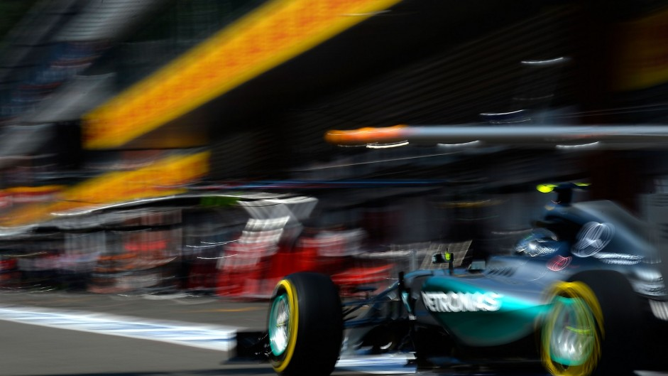 Rosberg wants action on tyres before Monza