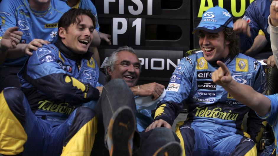 Giancarlo Fisichella, Flavio Briatore, Fernando Alonso, Renault, Shanghai, 2005