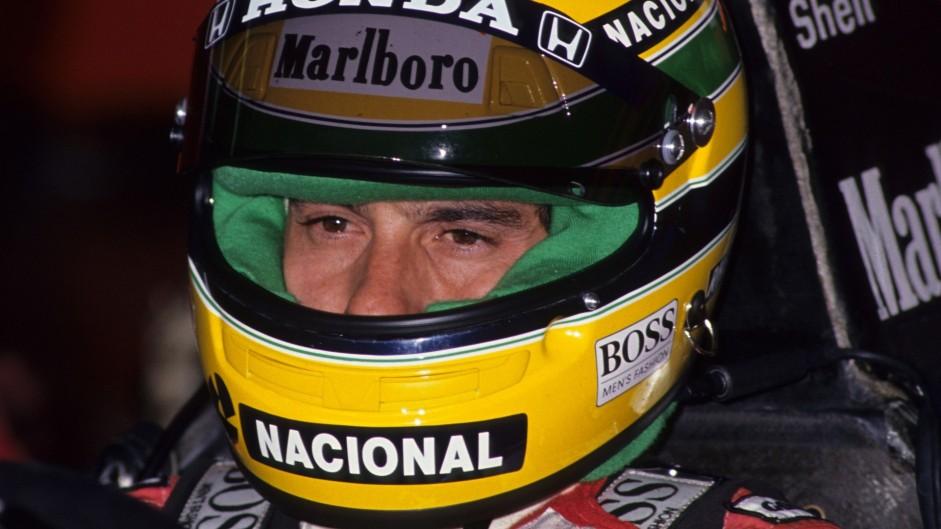Vettel passes Senna before Hamilton reaches him