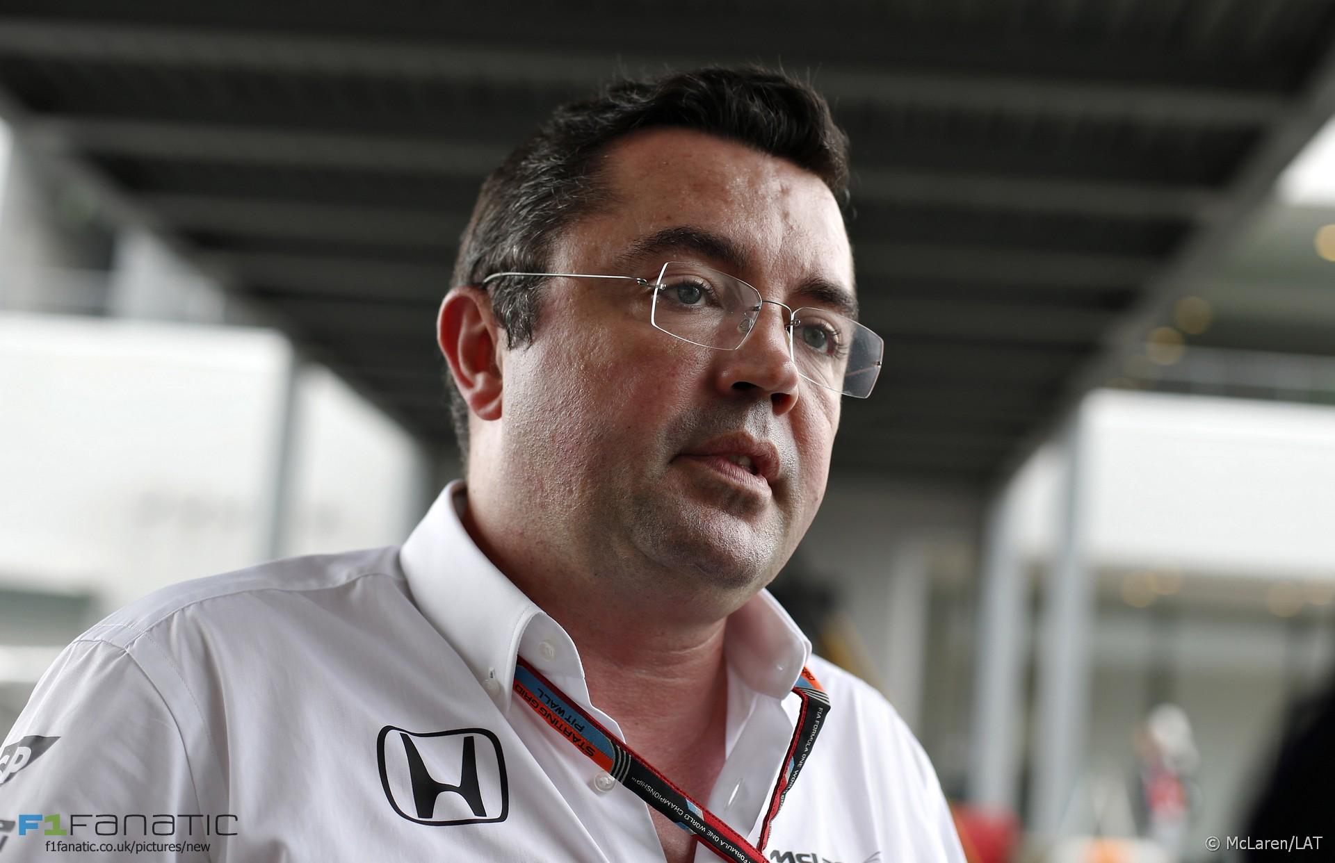 Eric Boullier, McLaren, Suzuka, 2015