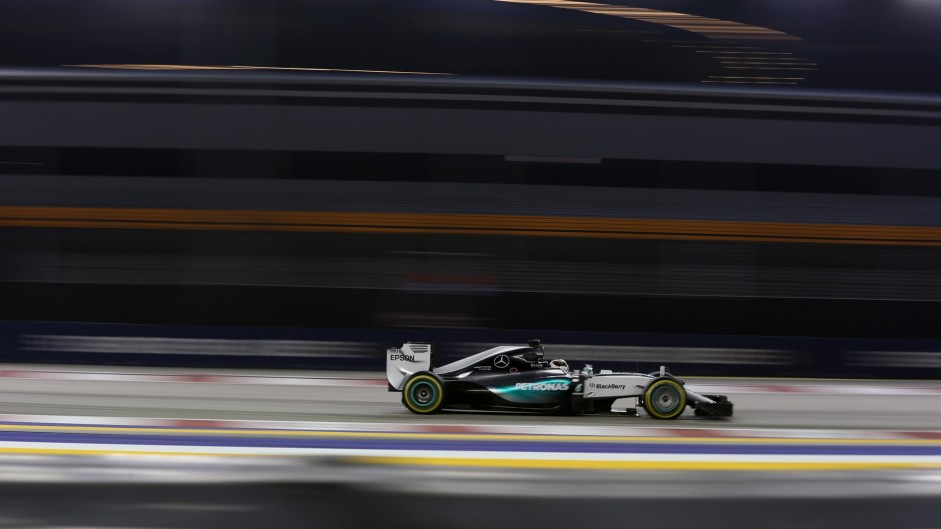 Hamilton doubts Mercedes will solve tyre problems overnight