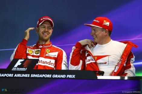 Sebastian Vettel, Kimi Raikkonen, Singapore, 2015