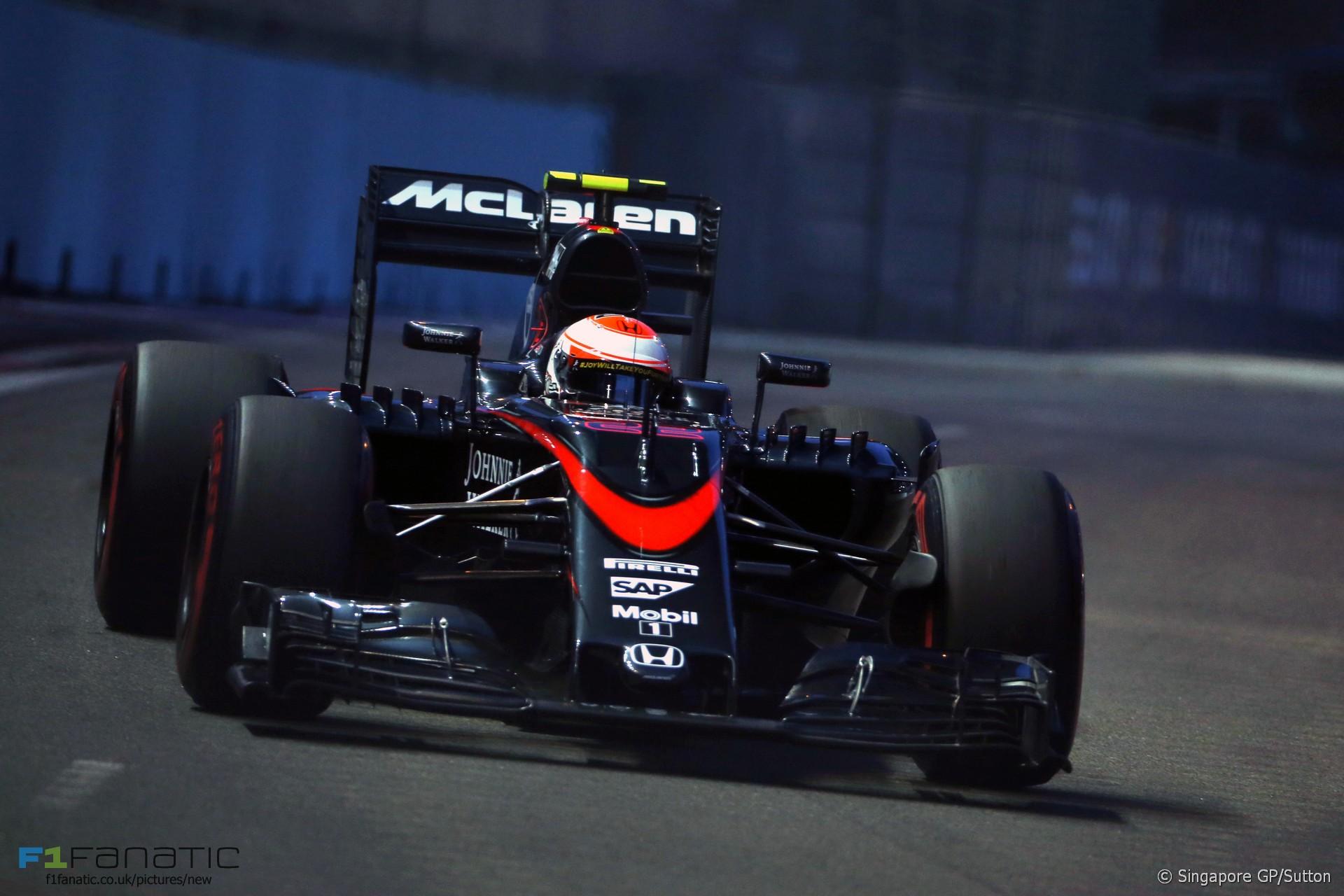 Jenson Button, McLaren, Singapore, 2015