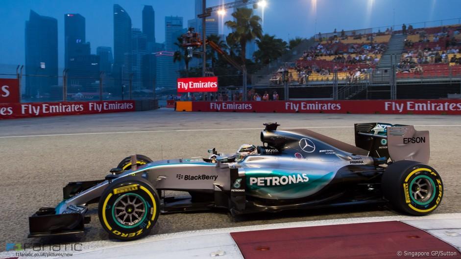 "Car balance ""terrible"" since Singapore – Hamilton"