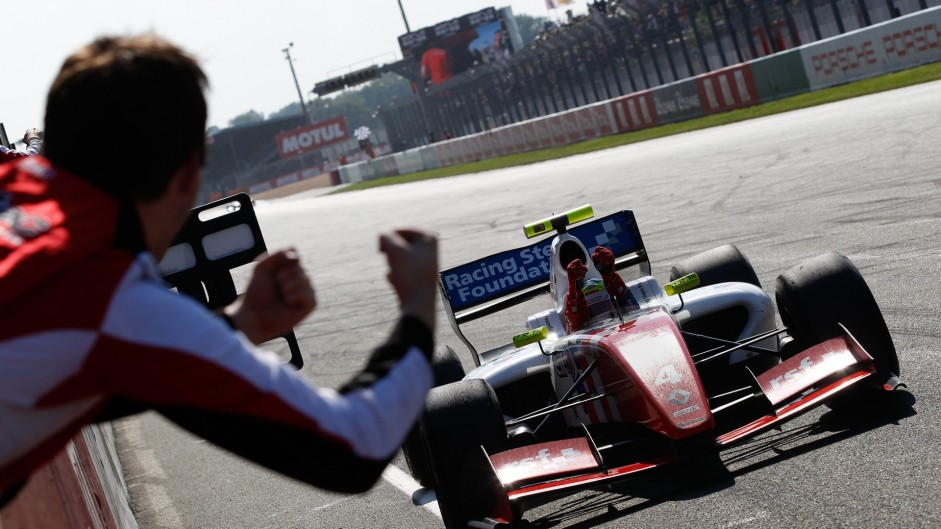 FR3.5 and Euro F3 titles clinched on penultimate weekends