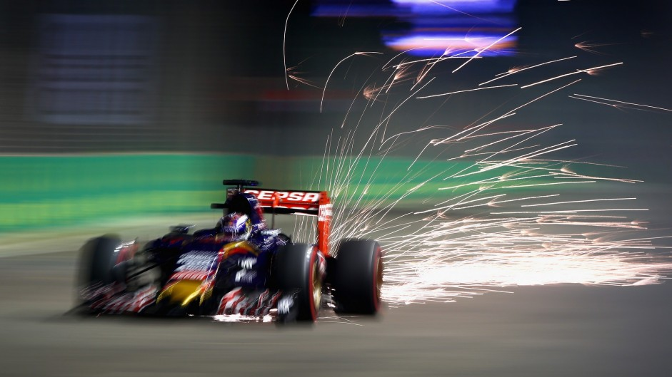 2015 Singapore Grand Prix qualifying in pictures