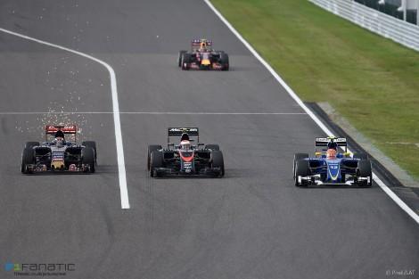 Max Verstappen, Jenson Button, Felipe Nasr, Suzuka, 2015