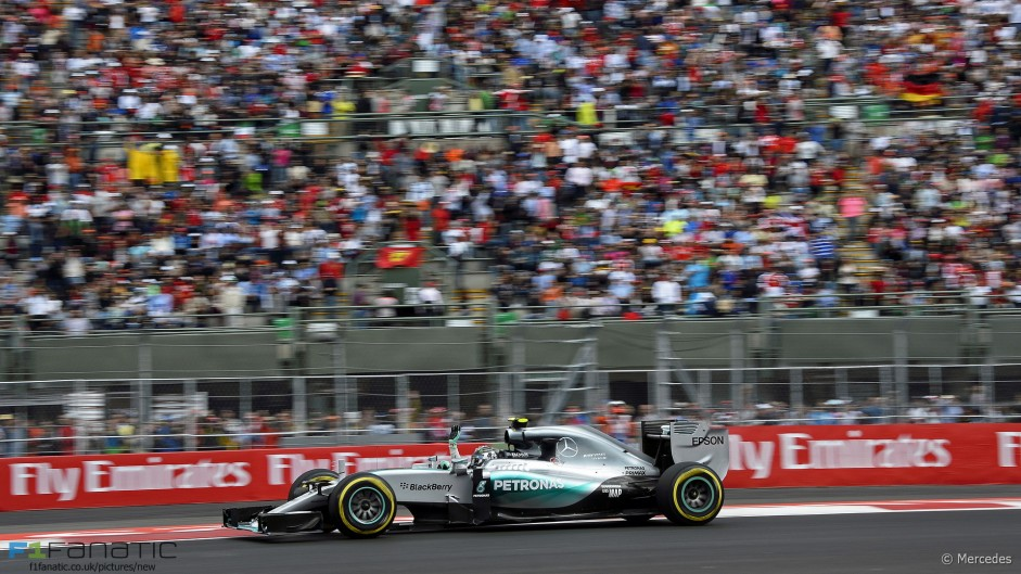 Rosberg romps to fourth pole position in a row