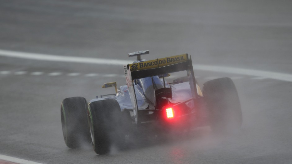 Worsening weather could delay qualifying