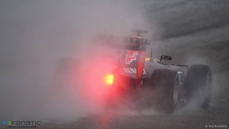 Ferrari, Red Bull and McLaren to conduct Pirelli test