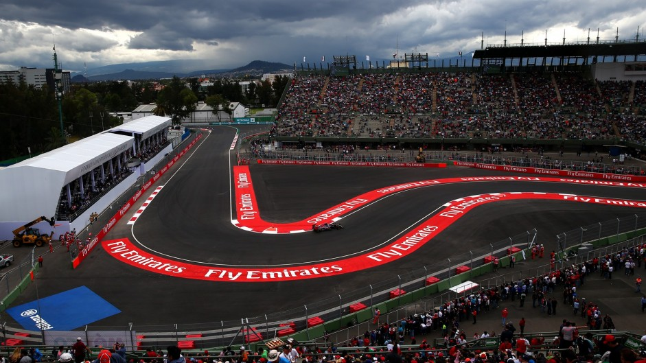 2015 Mexican Grand Prix practice in pictures
