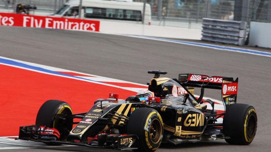 Romain Grosjean, Lotus, Sochi Autodrom, 2015