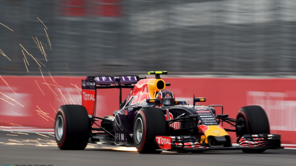 2015 Russian Grand Prix qualifying in pictures
