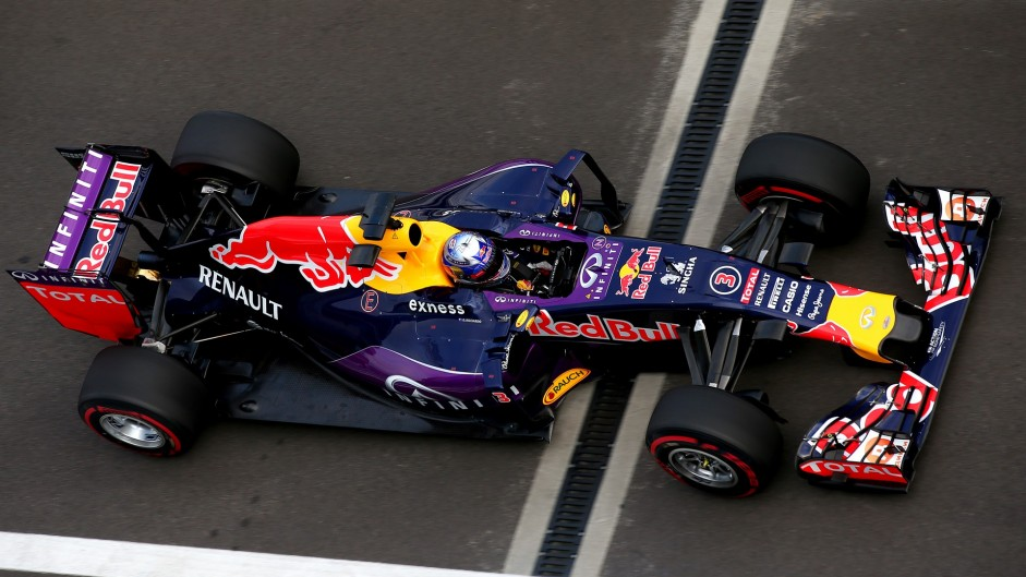 Daniel Ricciardo, Red Bull, Sochi Autodrom, 2015