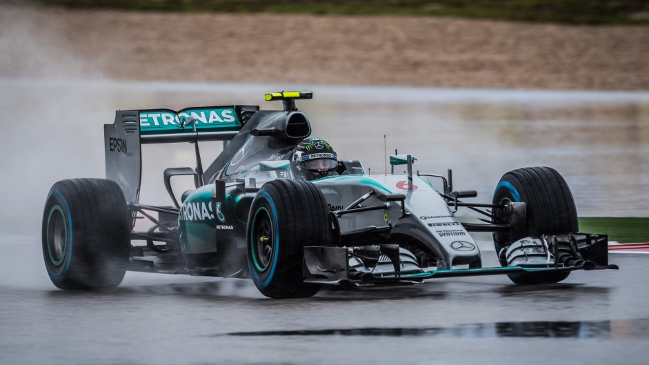 Rosberg on pole position as Q3 is abandoned