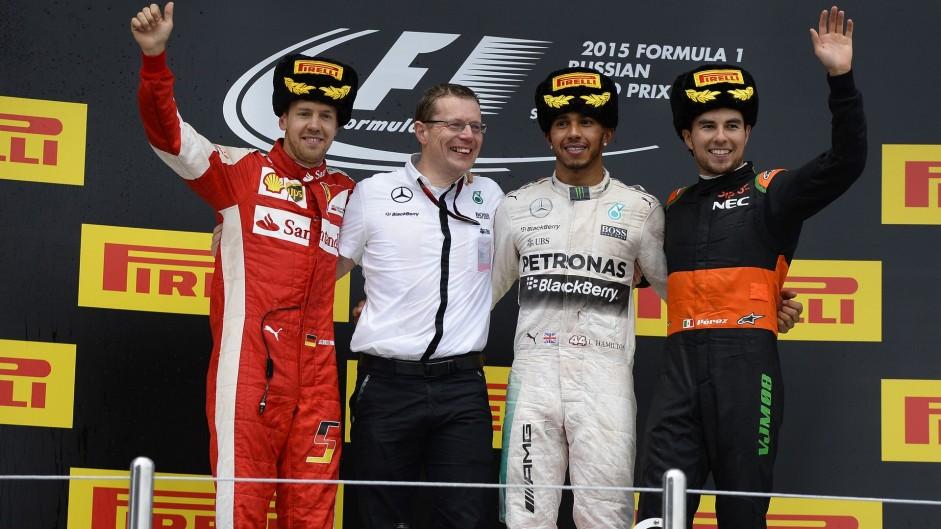 Sebastian Vettel, Lewis Hamilton, Sergio Perez, Sochi, 2015