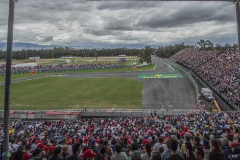 Turn one, Autodromo Hermanos Rodriguez, 2015