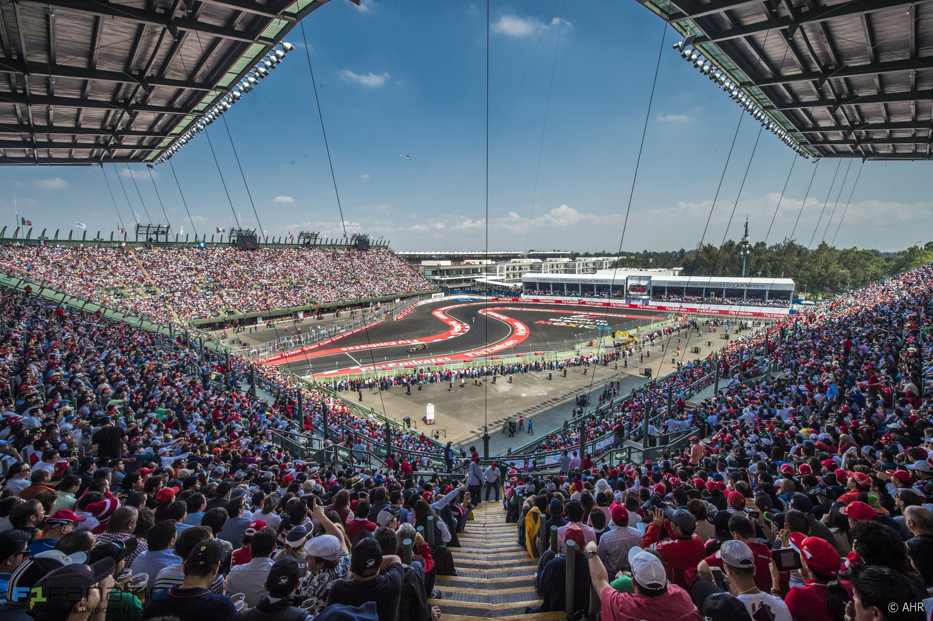 Watching the Mexican GP at the Foro Sol · F1 Fanatic