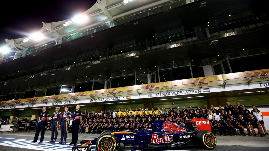 2015 Abu Dhabi Grand Prix build-up in pictures