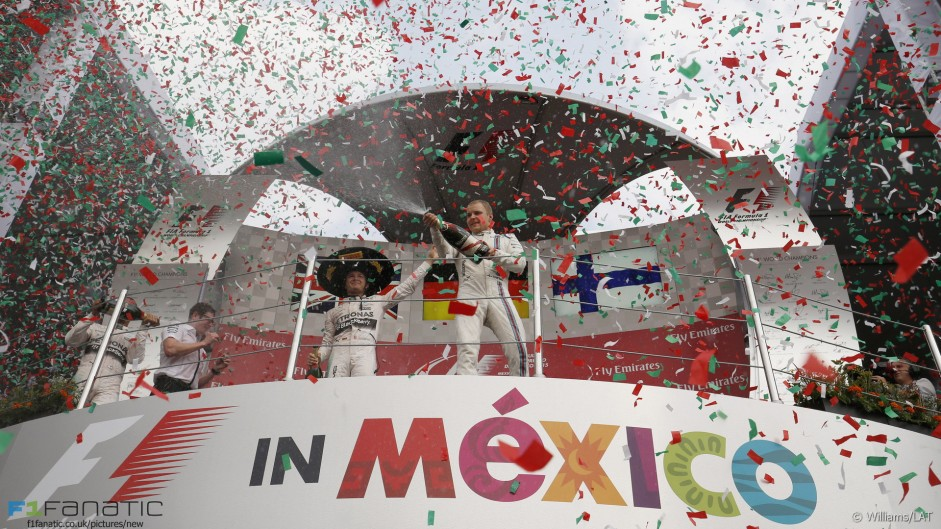 Top ten pictures from the 2015 Mexican Grand Prix