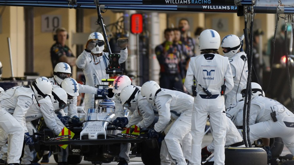 Bottas 'saw Button too late' in pit crash – Smedley