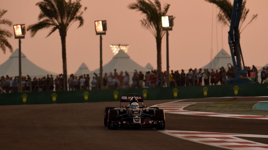 Penalty for Grosjean, pit lane start for Merhi