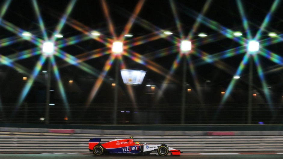 2015 Abu Dhabi Grand Prix practice in pictures