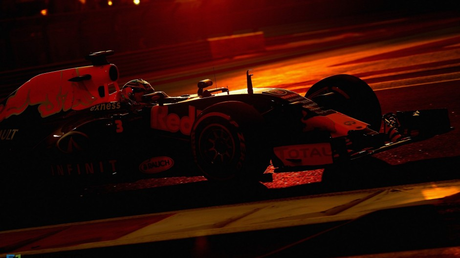 2015 Abu Dhabi Grand Prix qualifying in pictures