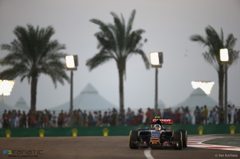 Carlos Sainz Jnr, Toro Rosso, Yas Marina, 2015
