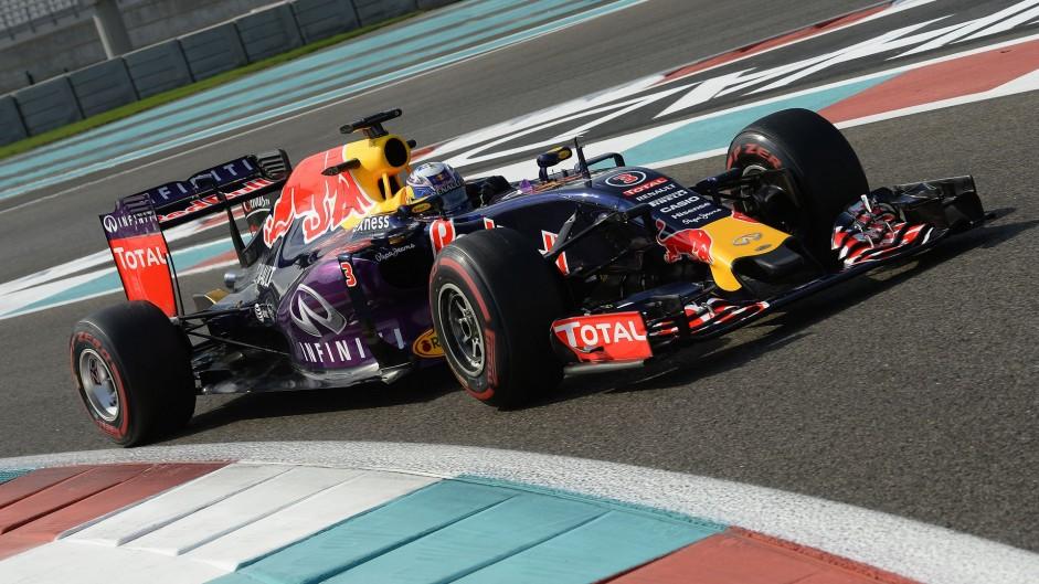 Daniel Ricciardo, Red Bull, Yas Marina, 2015
