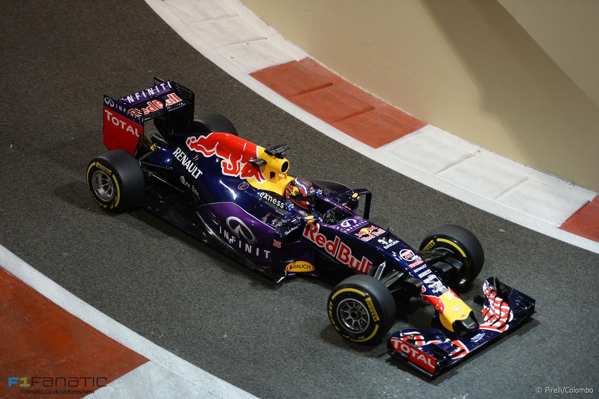 Daniil Kvyat, Red Bull, Yas Marina, 2015