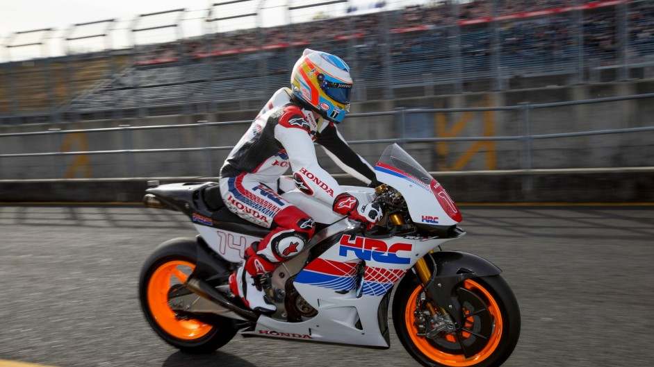 Alonso samples 1991 McLaren and Moto GP bike at Honda Thanks Day