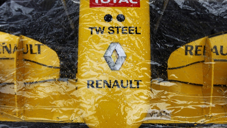 "Renault deal ""almost a no go"" before Abu Dhabi"