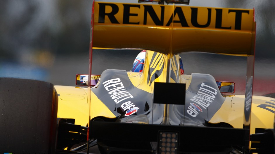 Renault confirms Lotus takeover