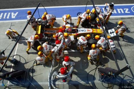 Fernando Alonso, Renault, Monza, 2009
